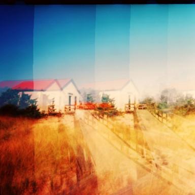 Beach House 15x15-L